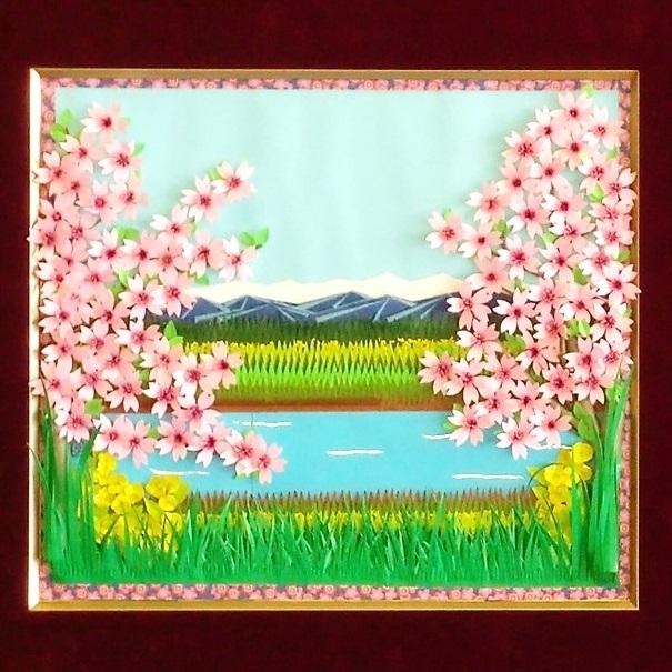 折紙の貼り絵の写真