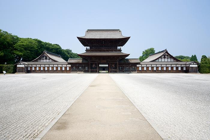 国宝 高岡山瑞龍寺の写真